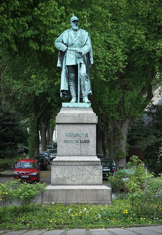 Foto: Kaiser Friedrich-Denkmal in Werden