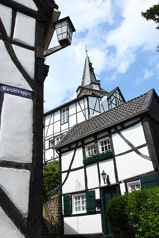 Foto: Kirchtreppe in Kettwig