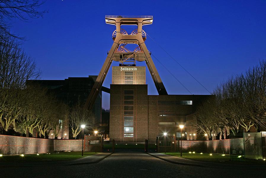 Beleuchteter Doppelbock Zollverein
