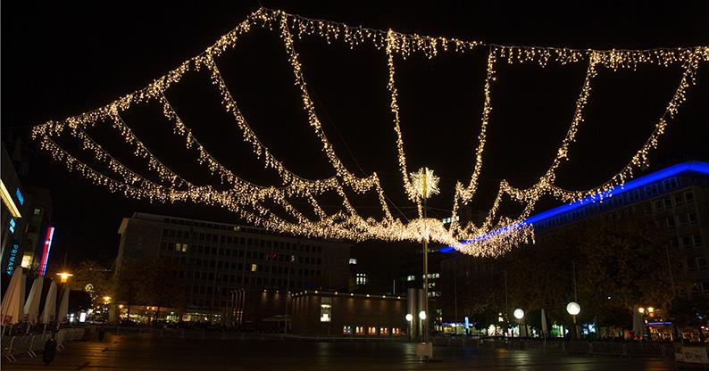 Foto: Lichtkrone auf dem Kennedyplatz