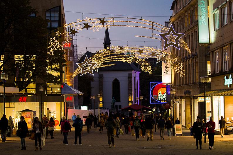 Foto: Kettwiger Straße während der Lichtwochen