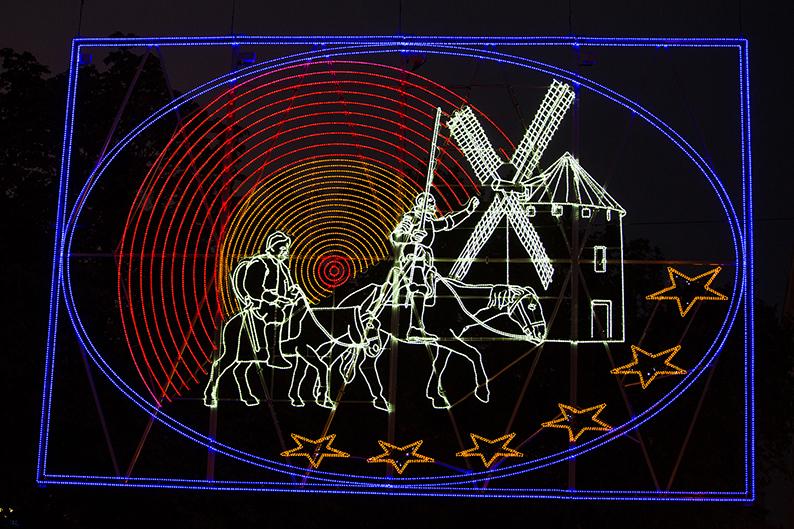 """Foto: Lichtbild """"Don Quixote"""" der Lichtwochen 2015"""