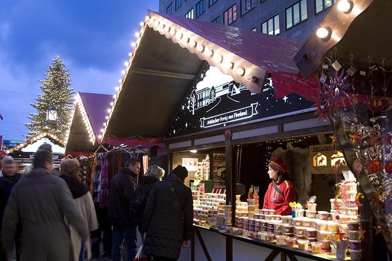 Foto: Weihnachtsmarkt Essen auf dem Willy-Brandt-Platz