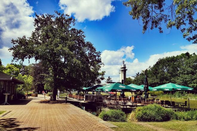 Biergarten Wassergarten im Grugapark Essen