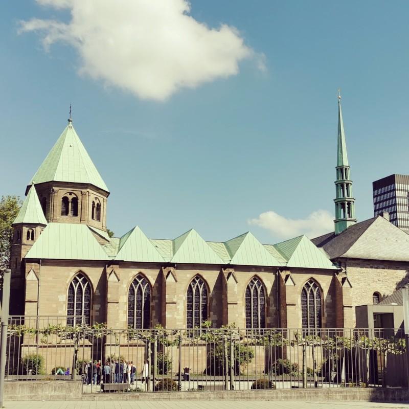 Burgplatz mit Dom und Rathaus