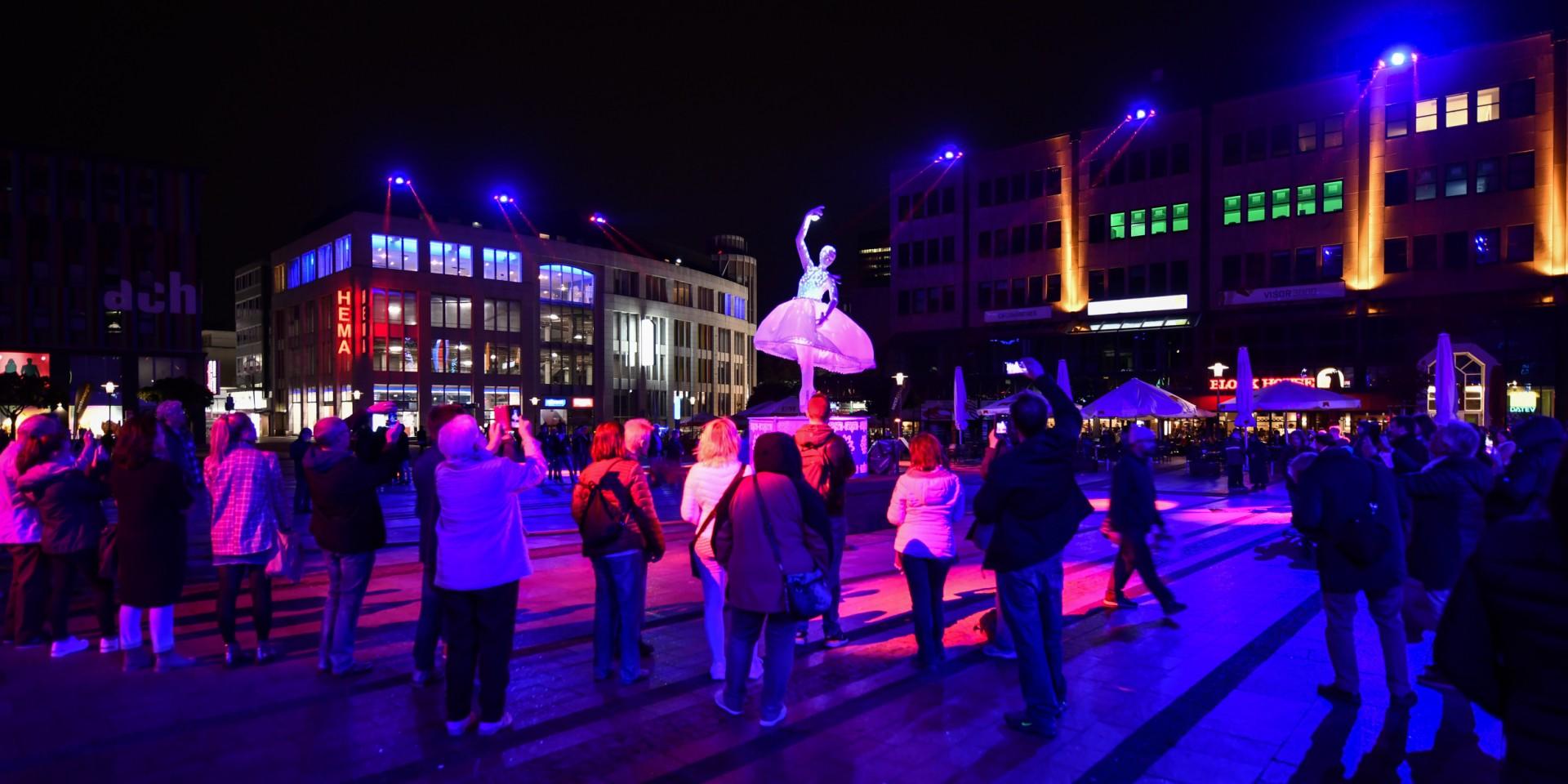 Führung beim Essen Light Festival (Foto: Kirsten Neumann/EMG)