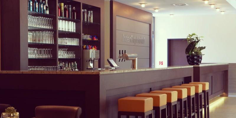 Foto: Bar im InterCityHotel Essen