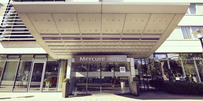 Foto: Außenansicht des Mercure Hotel Plaza Essen