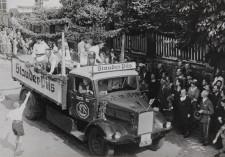 Foto Festumzug 1917 zum 50jährigen Jubiläum