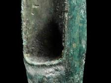 Foto Fragment eines Bronzebeiles