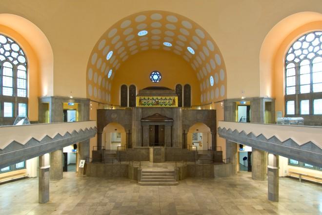 Alte Synagoge. Innenaufnahme nach dem Umbau zum Haus der jüdischen Kultur.