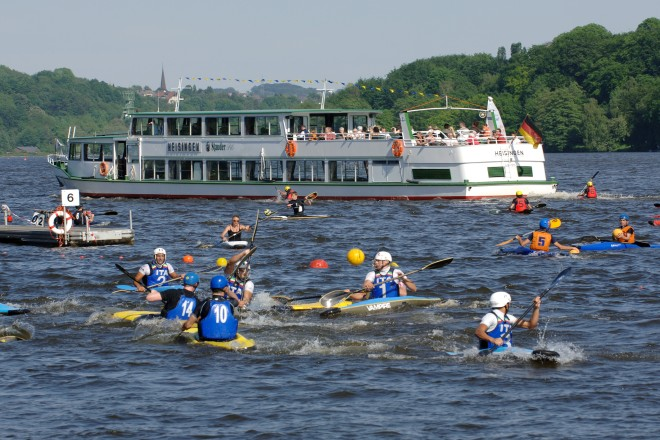Internationales Kanu-Polo-Turnier am Baldeneysee