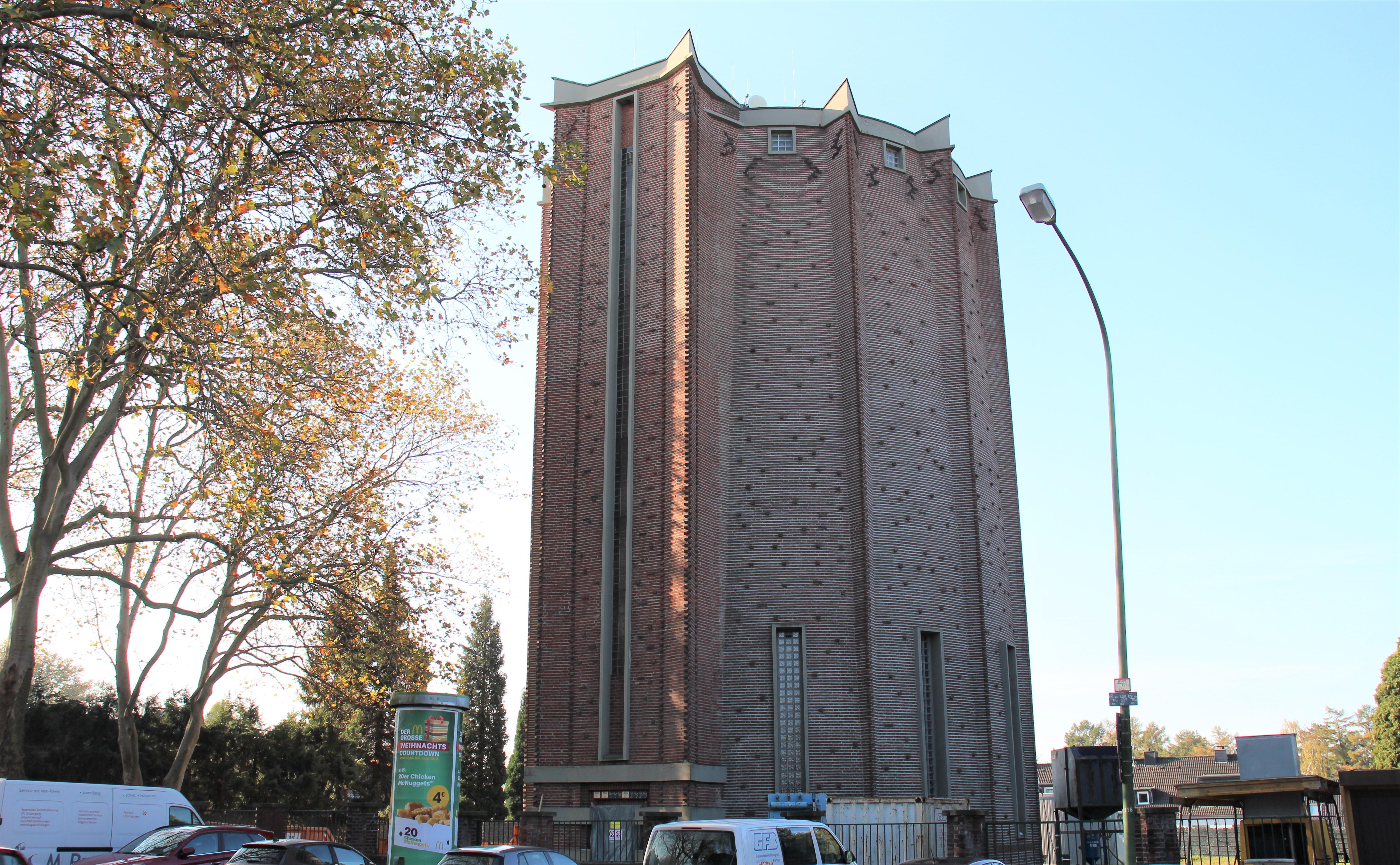 Wasserturm in Frillendorf mit Fassaden in Ziegelmauerwerk