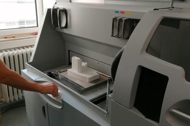 geöffneter 3D-Drucker