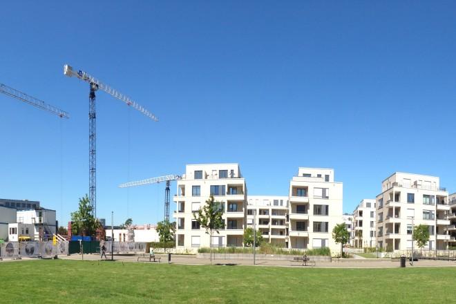 Foto von Häusern in der Grünen Mitte