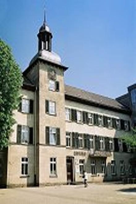 Foto: Außenansicht vom Rathaus Kettwig