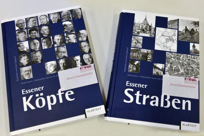 """Foto: Die Bücher """"Essener Straßen"""" und """"Essener Köpfe"""" sind nebeneinander abgebildet."""