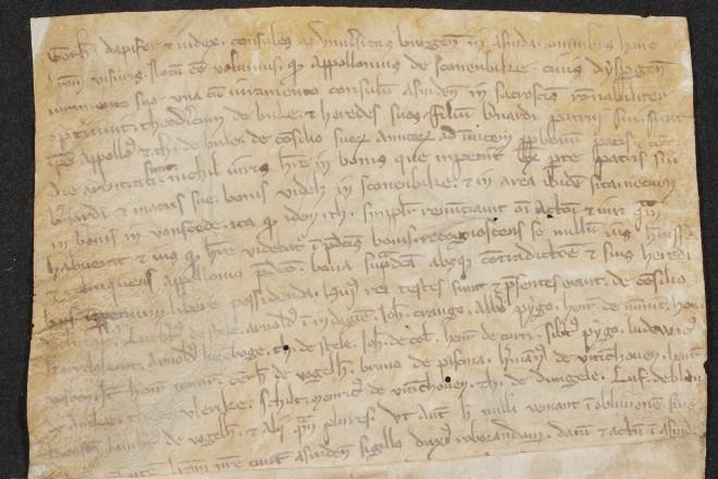 Foto: Die älteste Urkunde im Haus der Essener Geschichte/Stadtarchiv