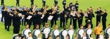 Die Folkwang Brass Band präsentiert die Nationalhymne bei einem Fußball-Länderspiel