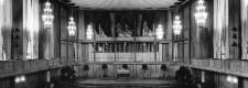 Großer Saal mit Orgel im Saalbau nach dem Wiederaufbau, um 1961
