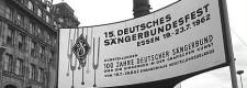 Sängerbundesfest 1962: Willkommensgruß am Essener Hauptbahnhof