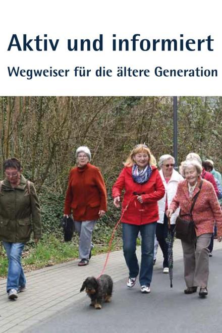 Foto: Senior*innen gehen spazieren