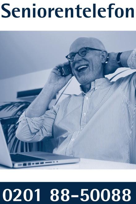 Foto: Ein Mann telefoniert