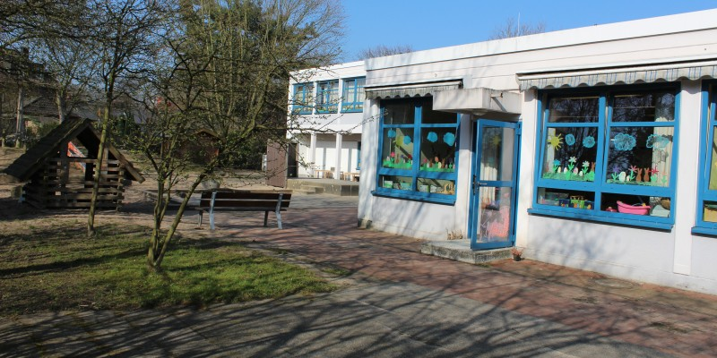 Foto: Gebäude der Kita Schonnebeckhöfe mit Außenbereich