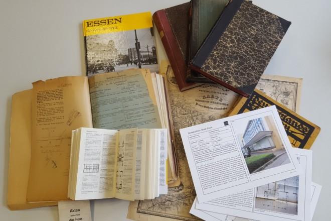 Foto: Auswahl an Unterlagen