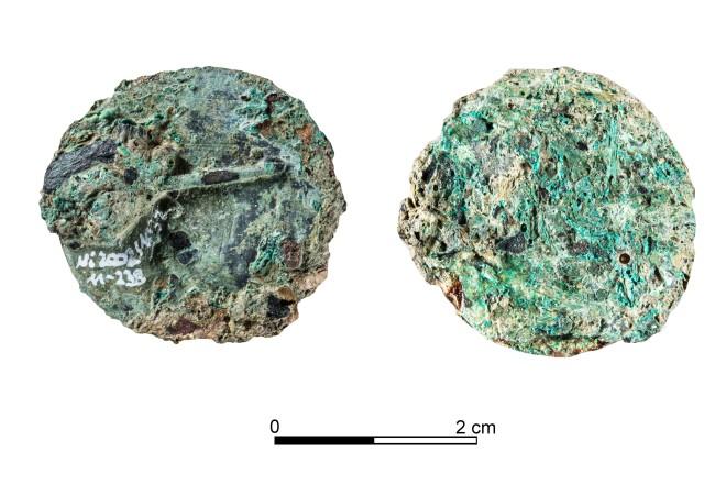Foto: Die Fibel (Gewandspange) aus dem 10. Jahrhundert