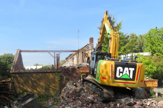 Foto: Beim Abriss der Gebäude