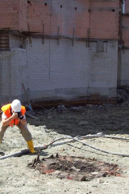 Foto: Blick in die Baugrube