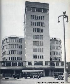 Das Deutschlandhaus (Bürogebäude) in Essen im Jahr 1929