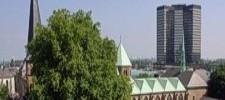 Foto: Dom und Rathaus Essen, vom Burgplatz aus gesehen
