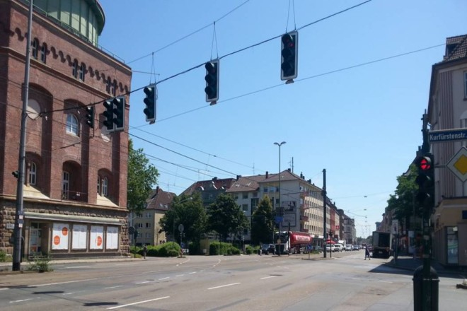 Foto: Blick auf die Steeler Straße in Höhe des Wasserturms