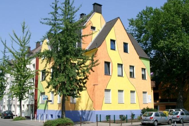Foto: mehrfarbiges Haus
