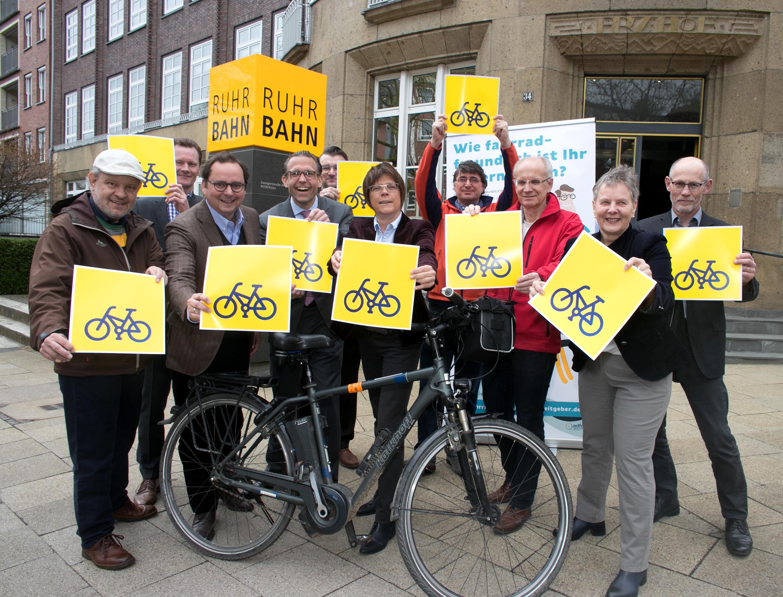 Gruppenfoto: Die Akteure des Fahrradfreundlichen Arbeitgeber