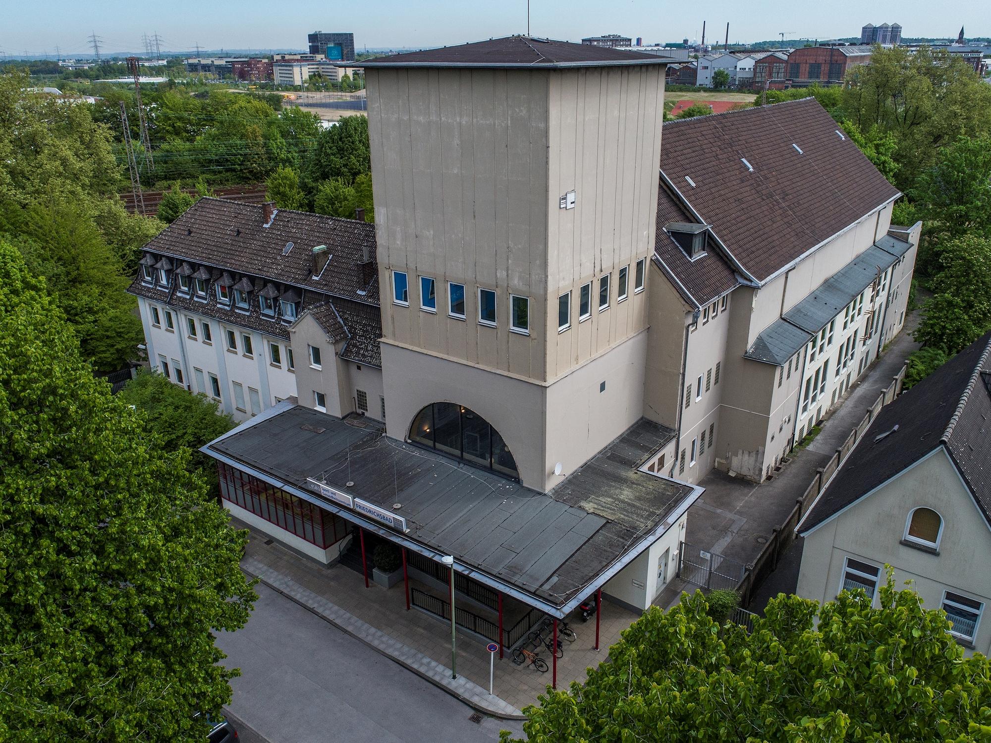 Foto: Luftbildaufnahme des Friedrichsbads
