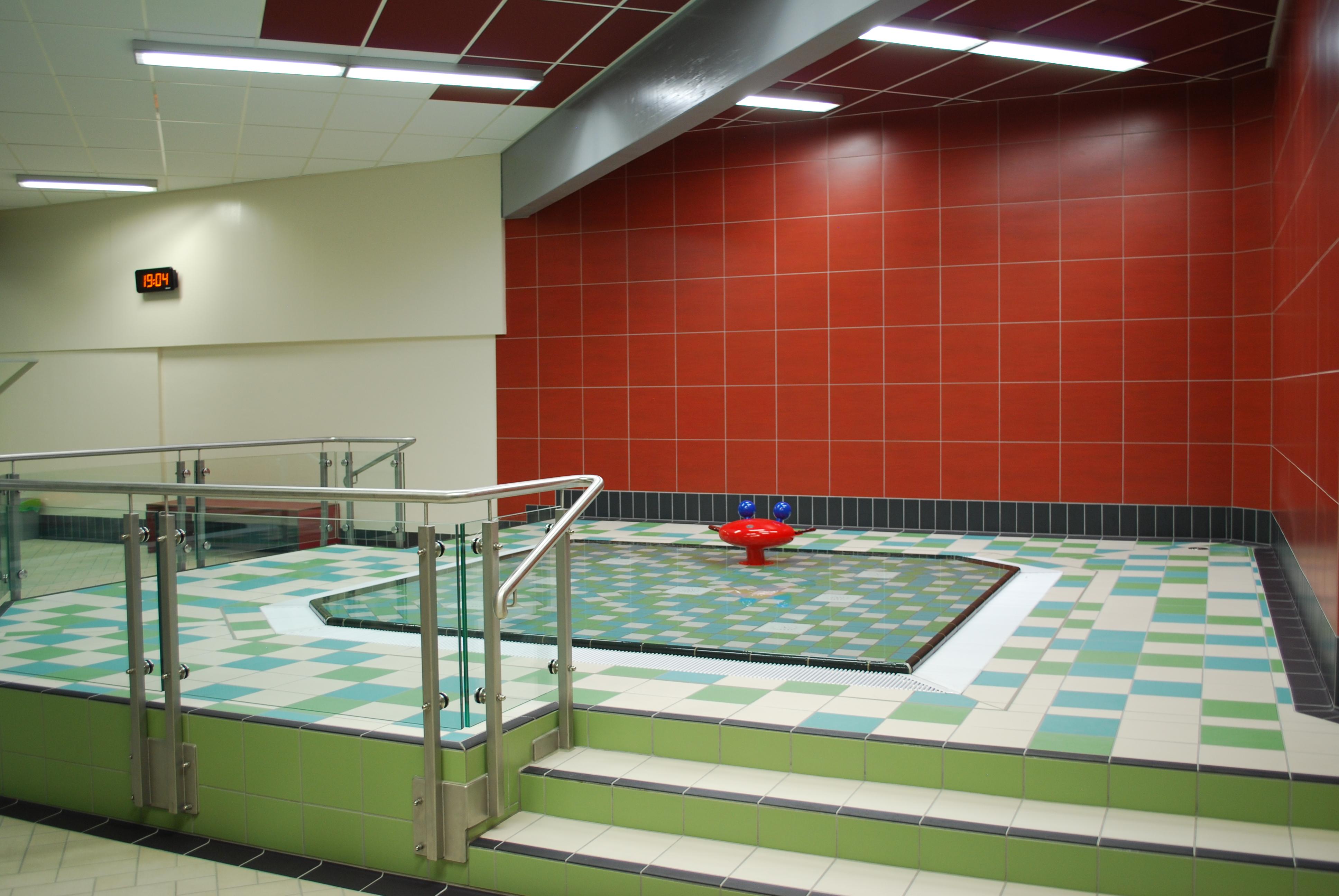 Foto: Planschbecken im Hallenbad des Bad und Sport Oststadt