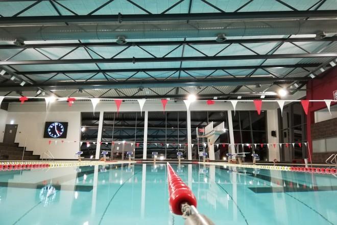 Foto: Schwimmbecken im Sprungturm im Sportbad Thurmfeld