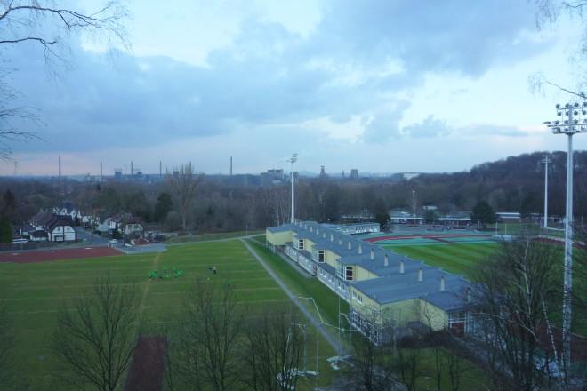 Foto: Blick auf die Außenbereiche des Sportparks Am Hallo
