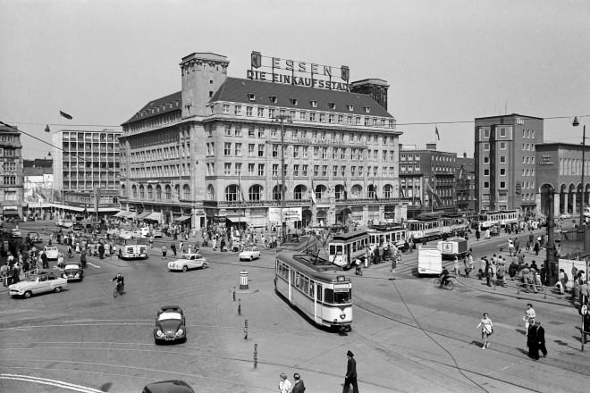 Nördlicher Bahnhofsvorplatz Sommer 1955