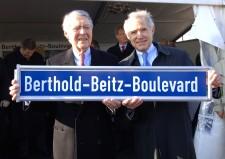 Erster Spatenstich Bertold-Beitz-Boulevard 04.04.2007 Foto : Elke Brochhagen