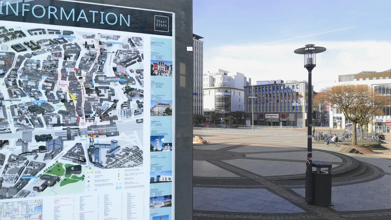 Foto: Der abgesperrte Kennedy-Platz während der Corona-Pandemie.