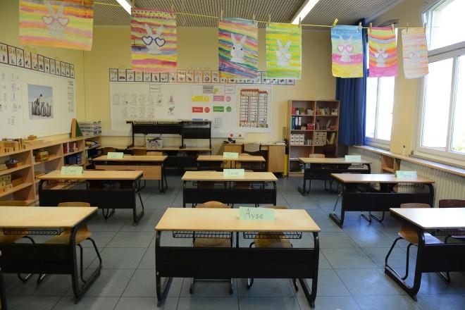 Foto: In der Karlschule in Altenessen wurde Vorbereitungen für den Schulstart getroffen, um die nötigen Abstandsregeln einzuhalten.