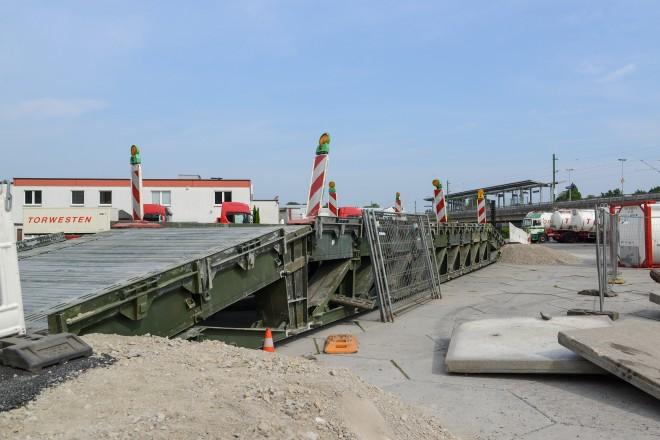 Behelfsbrücke auf der Gelände der Firma Torwesten