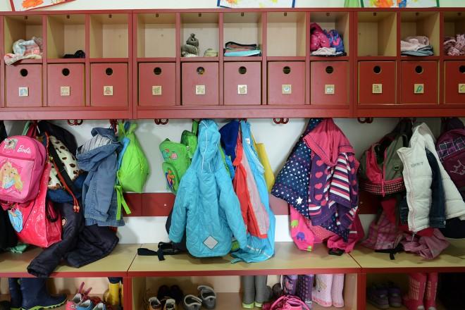 Foto: Garderobe in einer Kita