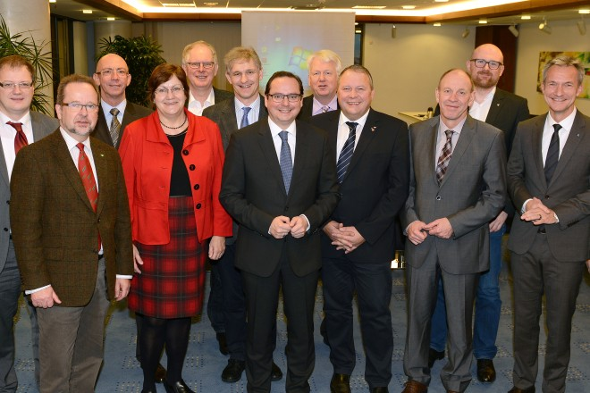 Treffen der HVB-Runde, konstituierende Sitzung des Kommunalrates im Essener Rathaus.