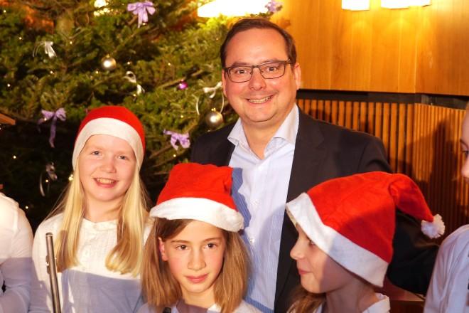 Oberbürgermeister Thomas Kufen besuchte am Samstag (19.12.) das Weihnachtskonzert des Schönebecker Jugendblasorchesters
