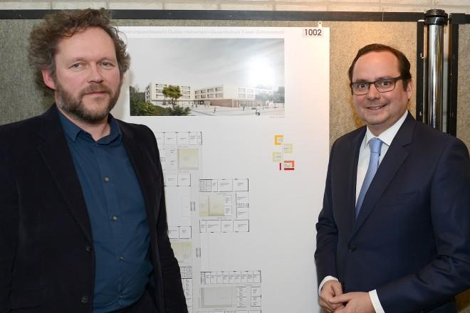 Foto: Ausstellungseröffnung des Realisierungswettbewerbs der Gustav- Heinemann- Gesamtschule Essen- Schonnebeck
